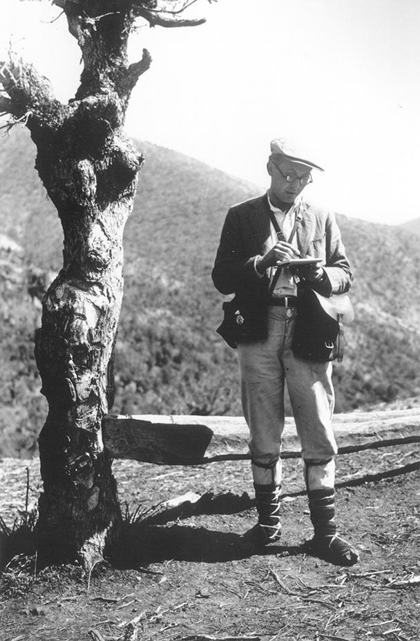 Józef Obrębski podczas badań terenowych w Macedonii w latach 1932–1933.