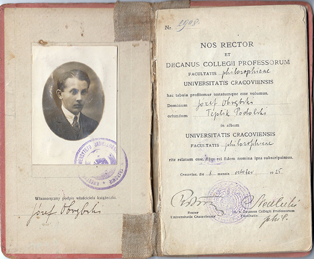 The first pages of Józef Obrębski's student book.