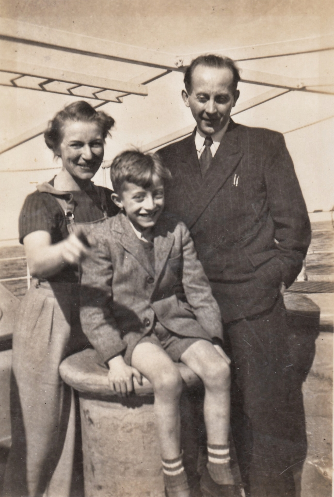 Tamara, Stefan and Józef Obrębski departing by steamship to Jamaica, 1947.