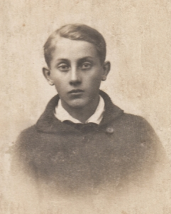 Picture of Józef Obrębski from his school ID.